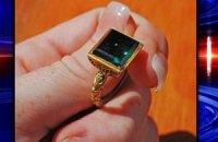 Дайверы нашли кольцо стоимостью полмиллиона долларов