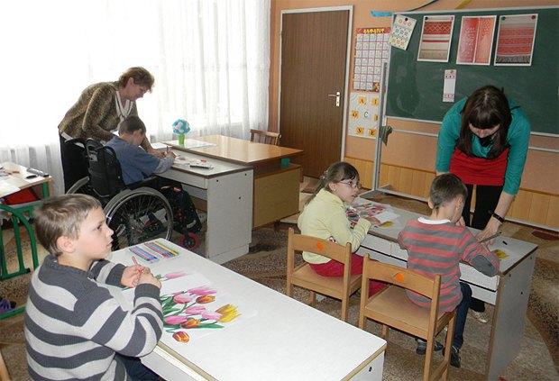 НВК Дошкільний навчальний заклад (ясла-садок) комбінованого типу №7 в Ковелі, Волинська обл.