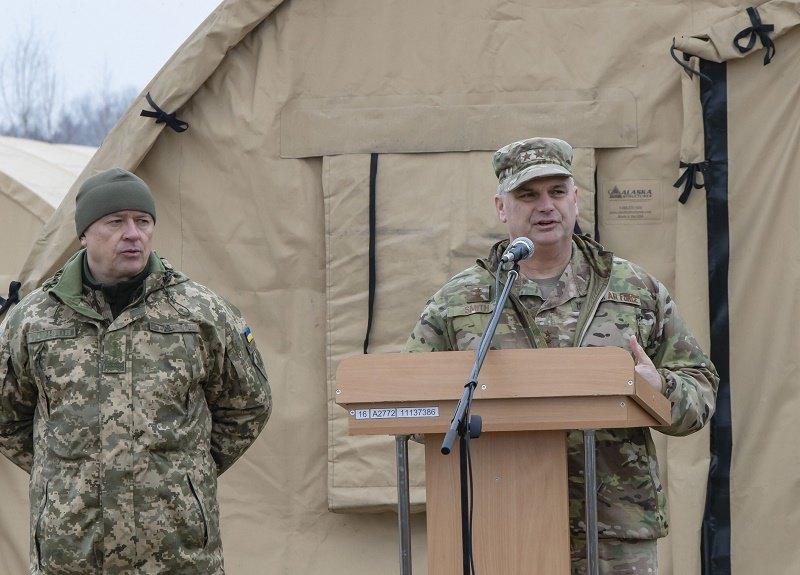 Командир Европейского командования сил специальных операций США, генерал-майор Кирк Смит