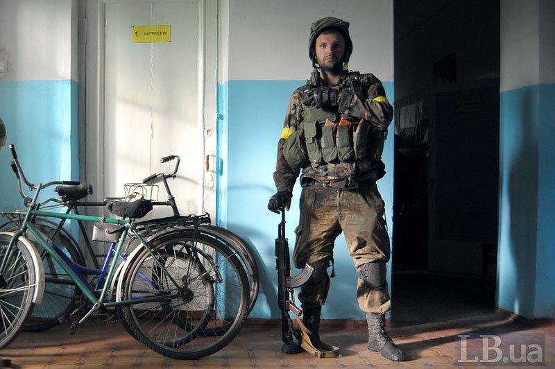 Док в коридорі іловайської школи, день перед виходом *Зеленим коридором*