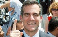 Мэр Лос-Анджелеса песней предупредил горожан о закрытии автострады