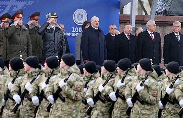 Военный парад в честь 100-летия белорусской милиции в Минске, Белоруссия, 04 марта 2014 г.