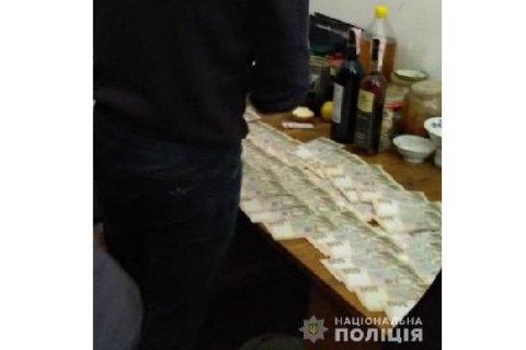 Во Львове начальник отдела Госаудитслужбы попался на взятке в 30 тыс. гривен