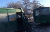В Чернигове 12 человек пострадали в ДТП с участием троллейбуса и маршрутки