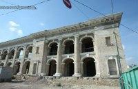 Орендар Гостинного двору погодився законсервувати будівлю