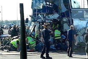 В Оттаве поезд протаранил автобус: пять жертв