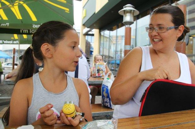 Клавдия и Рина пять лет экспериментируют с образованием