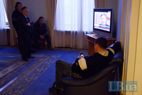 Телевидение остается основным источником новостей для украинцев