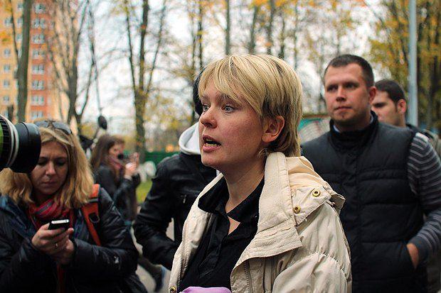 Евгения Чирикова дает предвыборное интервью