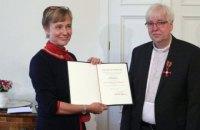 Немецкого пастора, который поддерживал активистов Майдана, наградили высшим гражданским орденом Германии