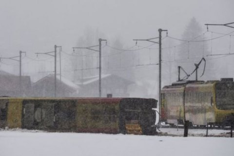 Жертвами урагану Елеонор у Європі стали три людини