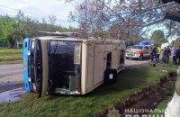На Рівненщині перекинувся автобус з пасажирами, четверо травмованих