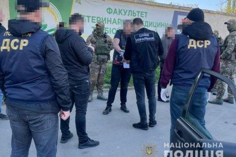 В Одессе задержали банду, участники которой под видом таксистов грабили пьяных пассажиров