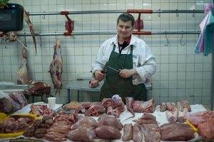 Импорт мяса в Украину сократился вдвое