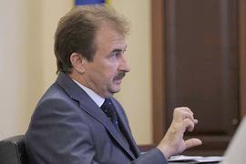 Полномочия Черновецкого пока не будут ограничивать