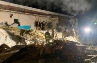 В Новосибирске крыша кафе обвалилась на 200 посетителей