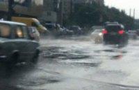 Последствия урагана во Львове: затопленные улицы и поваленные деревья