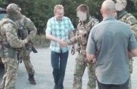 Садовый лично передал бойцам АТО гуманитарную помощь