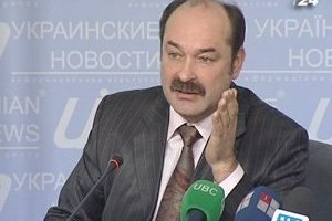 Янукович нагородив орденом кума Ющенка