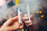 Депутати розглянуть заборону продажу електронних сигарет і IQOS дітям