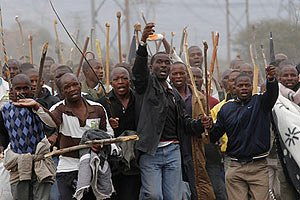 У ПАР поліція затримала 40 страйкуючих шахтарів