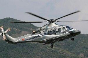 Охрана запретила журналистам фотографировать вертолет Януковича