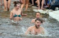 У Києві облаштували 12 місць для купання на Водохреща