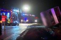 19 человек пострадали и один погиб при аварии автобуса в Польше (обновлено)
