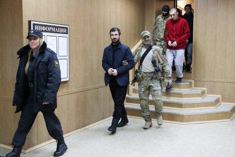 Суд продлил арест 20 украинских моряков (обновлено)
