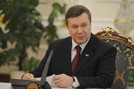 Янукович: украинская армия обречена на успех