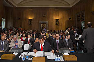 Сенатский комитет одобрил участие США в ливийской войне