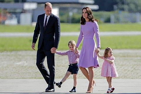 Принц Уильям иКейт Мидлтон ожидают 3-го ребенка