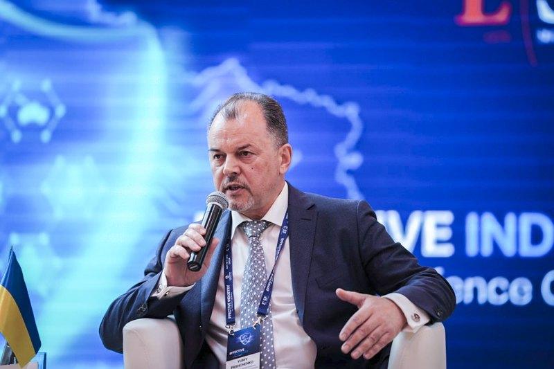 Директор КП НВК «Іскра» Юрій Пащенко