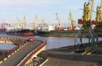 """Первые скоростные поезда """"Hyundai"""" прибыли в Одесский порт"""