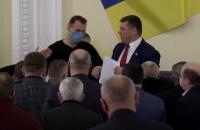 Соратника Медведчука прогнали с трибуны Харьковского горсовета