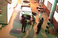 Россиянка с сожителем пыталась провезти в Украину свою мать в багажнике автомобиля