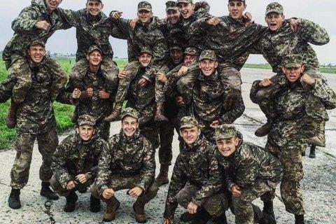 Сім'ям загиблих у катастрофі військового літака біля Чугуєва виплатять понад 1,5 млн грн