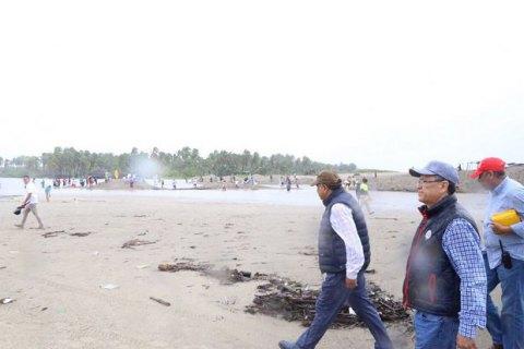"""В Мексике ураган """"Макс"""" разрушил 200 домов"""