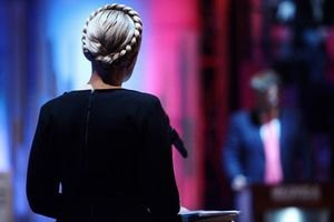 """Тимошенко дала доручення своїм депутатам щодо """"мовного"""" закону"""