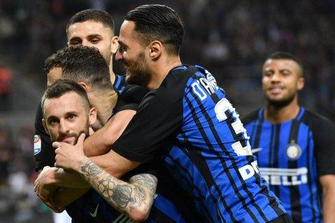 """""""Інтер"""" у матчі чемпіонату Італії розмістив на футболках гравців замість прізвищ нікнейми"""