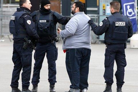 Во Франции задержали 4 подозреваемых в подготовке теракта