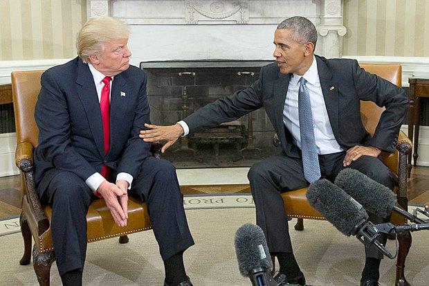 Барак Обама и Дональд Трамп во время встречи в Белом Доме