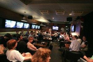 Polit Club: эксперты обсудят, кто может стать альтернативой Партии регионов