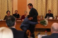 На сесії Одеської міськради Палпатін забрав Боровика з залу на руках