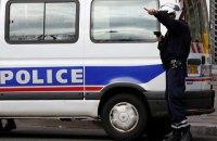 В Париже полицейские устроили ночную демонстрацию