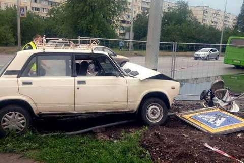 Водія, який збив п'ятимісячну дитину у візку в Харкові, затримали