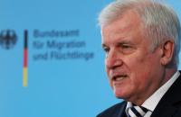 """Німеччина вважає """"законним"""" будівництво Польщею стіни на кордоні із Білоруссю"""