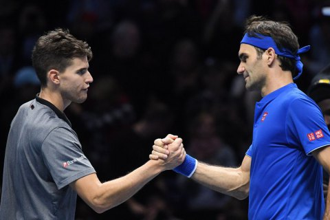 Федерер выиграл первый матч на Итоговом турнире ATP