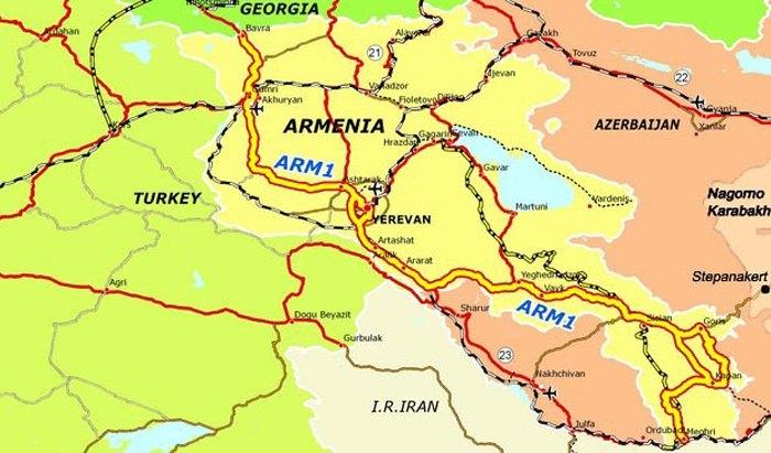 План дороги «Юг-Север» (выделена желтым) соединяющая Иран и Грузию через Армению