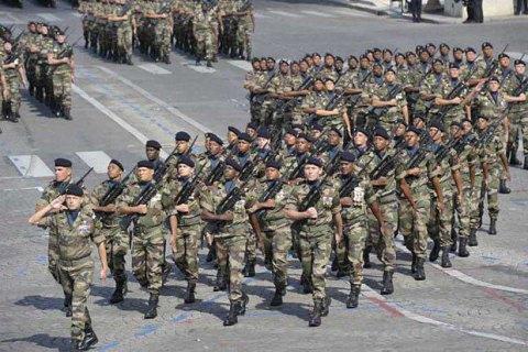 Франция увеличит военные расходы на40%